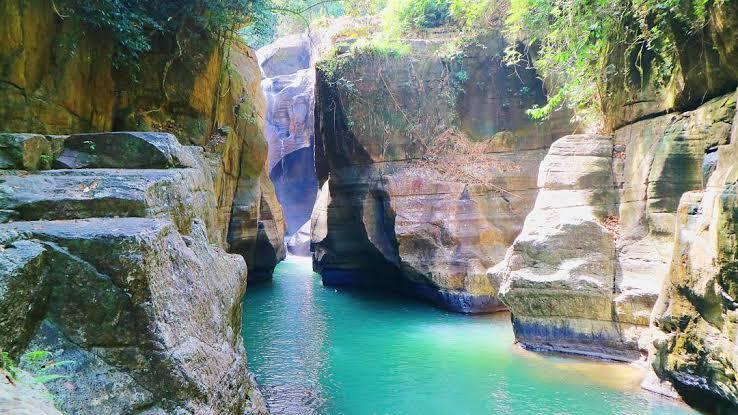 Pesona air terjun Cunca Wulang