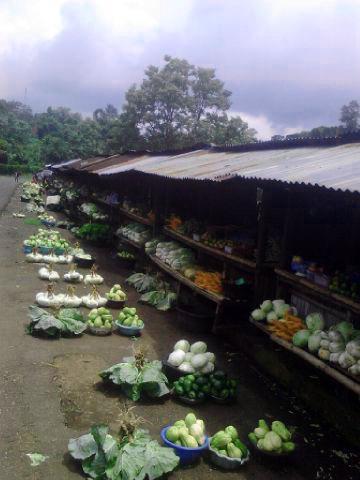 Pasar tradisional Nduria
