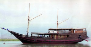 Phinisi Boat