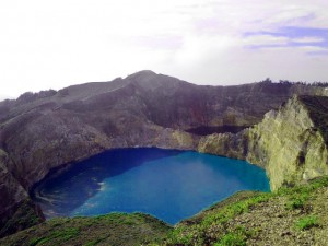 Trip-to-Kelimutu-(3)