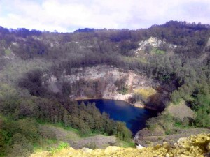 Trip-to-Kelimutu-(4)